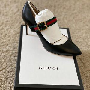 Brand new Gucci Women's Black Sylvie Leather Pump